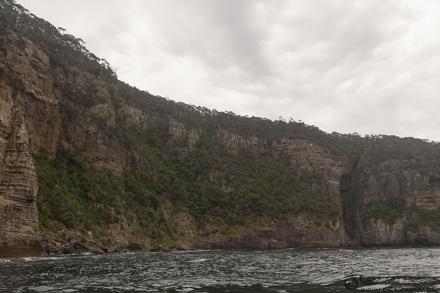 Coastal wall Tasman Peninsula