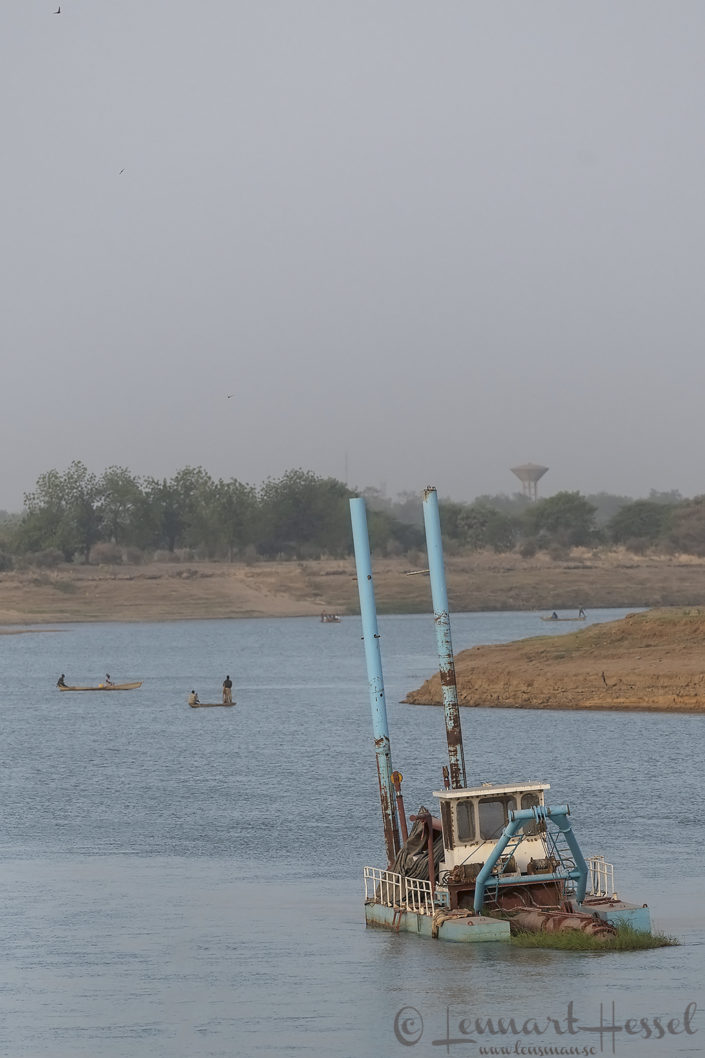 Fishermen Chari River N'Djamena Chad